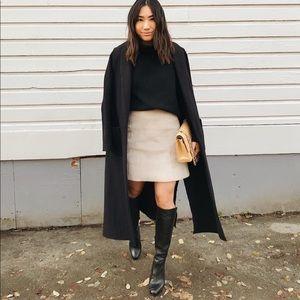 Aritzia Babaton A-line pencil skirt